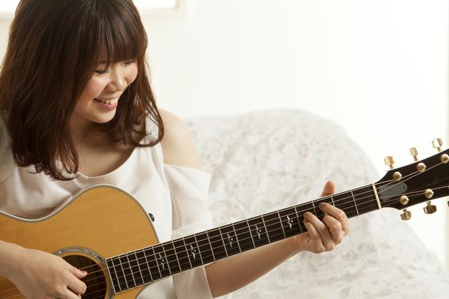 福岡ギターフェスタ2018 AG_ステージ_Taylor 9月23日 11時 浜崎絵里歌